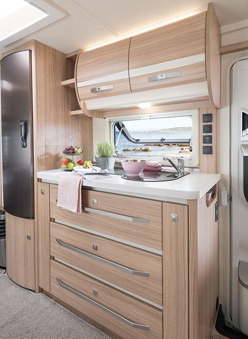 fendt caravan wohnwagen von fendt bianco selection. Black Bedroom Furniture Sets. Home Design Ideas